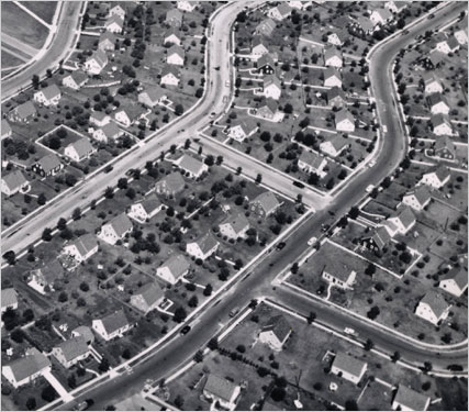 levittwon Aerial view of Levittown, N.Y., c. 1950s